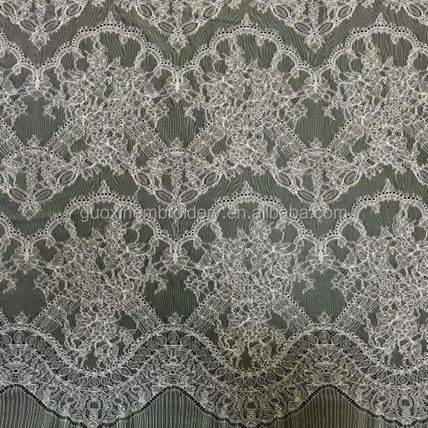 2015 New design Chantilly Lace Fabric For Garment