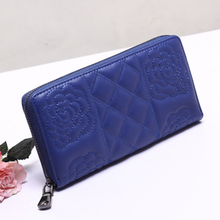 2016 high-end leather wallet Ladies Hand Purse embroider logo card slots expandable card wallet gift wallet