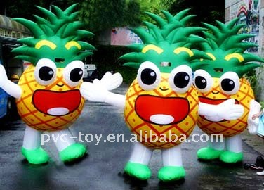 inflatable pineapple moving cartoon for advertisement