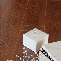 Pingo Wood Grain Surface 12mm AC3 Easy Living Laminate Flooring