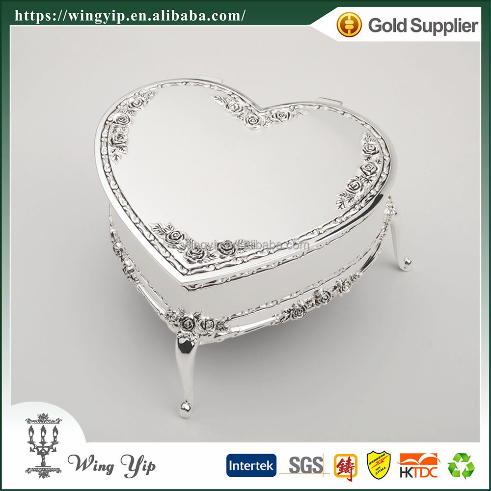 Wholesales Custom made Heart Shape Rose Pattern Silver Metal Jewelry display box for gift