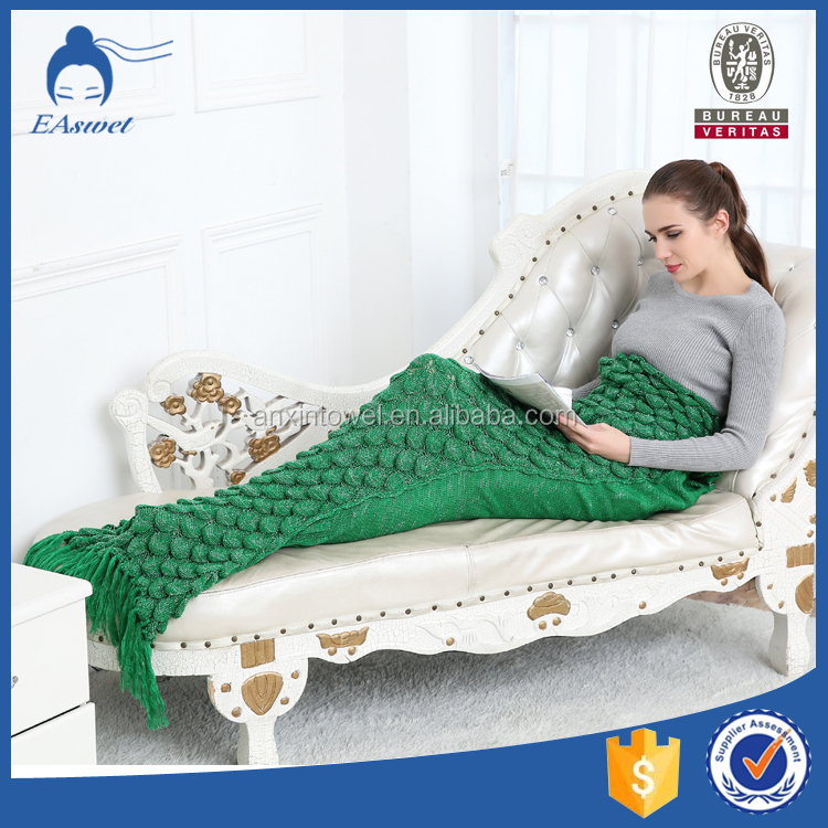 China latest Hot Sale Acrylic Fiber Super Soft Warm Girls Scale Mermaid Tail Knitted Pattern Sofa Blanket For Adult And Children