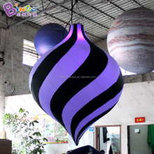 Customized 1.2X1.5 Meters inflatable hanging models for display