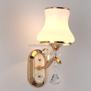 2017 Factory wholesale price Wrought gold irom and white shade bedside wall lights for bedroom