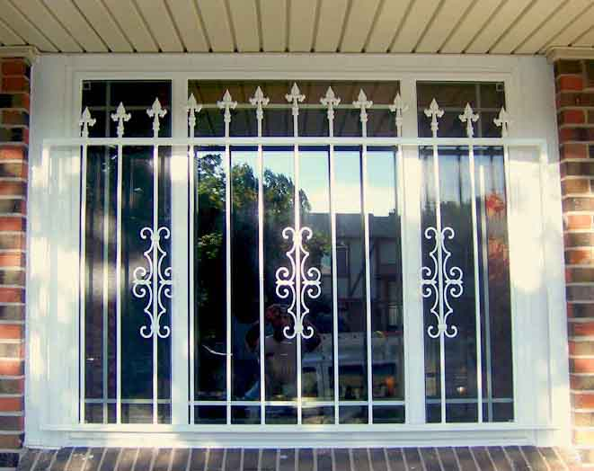 2017 Security wrought iron window