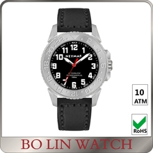 Lightweight Ladies GMT Titanium Automatic Watches Red Pointer Custom Logo
