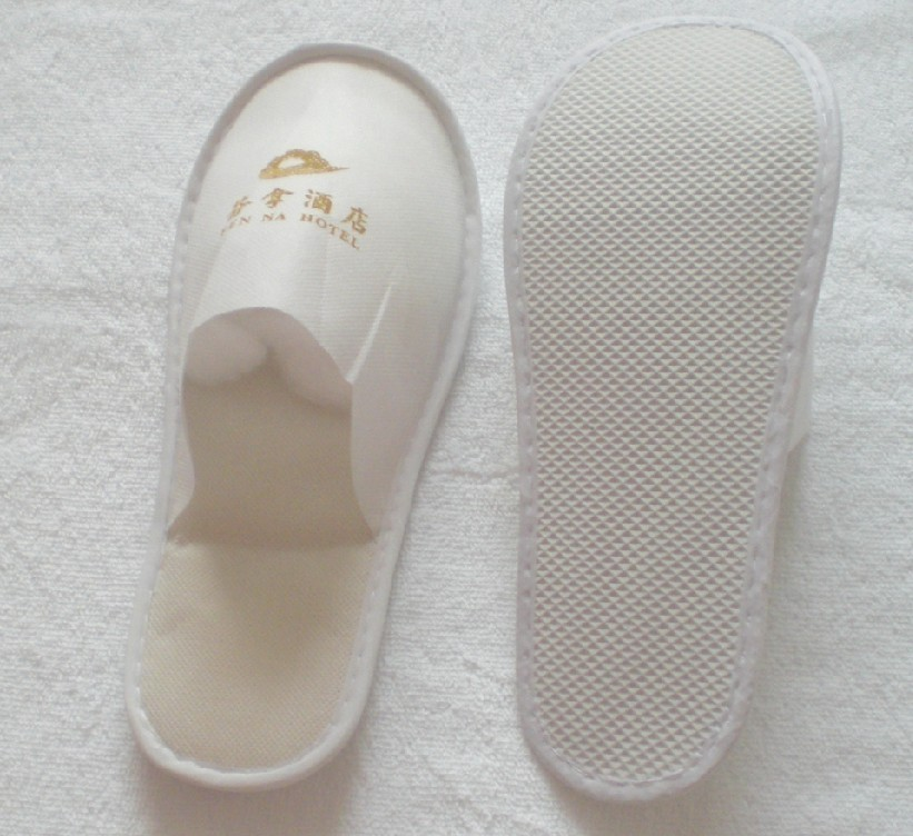 Wholesales non woven fabric custom disposable hotel slippers for women