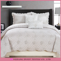 Polyester Cheap Bed Cover Single Quilt Quilting Cover