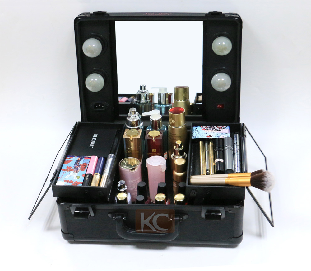 New design wholesale aluminum small lighted beauty box, portable beauty case, vanity case with mirror