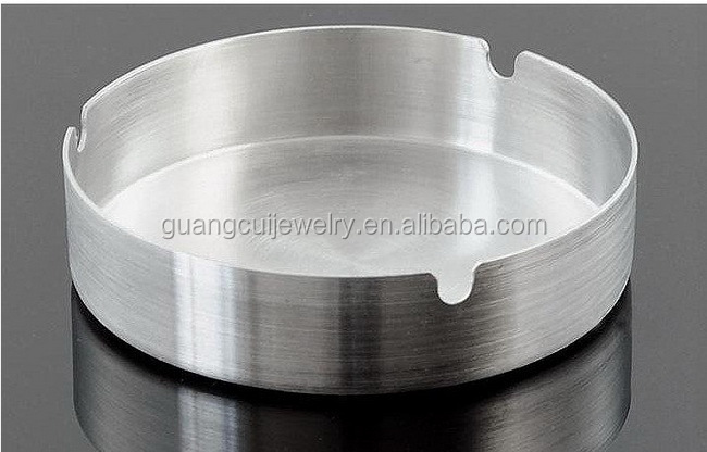 Wholesale Stinaless steel 3d round custom metal ashtray