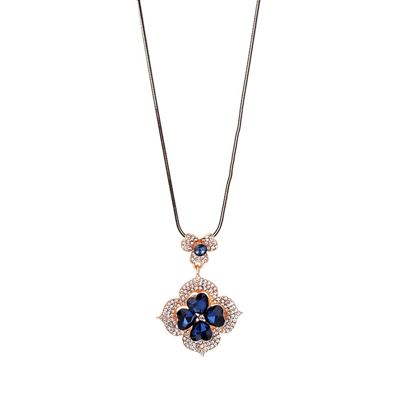 Hot Sale High Quality Clover And Camellia Latest Double Color Crystal Design Graceful Sweater Chain Necklace