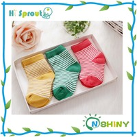 Cute animal with colorful stripe infant baby socks
