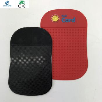 Manufacturer directly supply auto accessory 3mm thrickness non slip pad car washable mobile phone mat