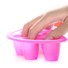Durable 5 holes plastic Finger and Hand soften cuticles UV Nail Polish Soak Bowl