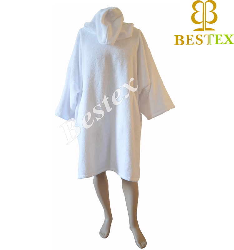 Terry cloth Long Sleeve Poncho hotel robe with pockets