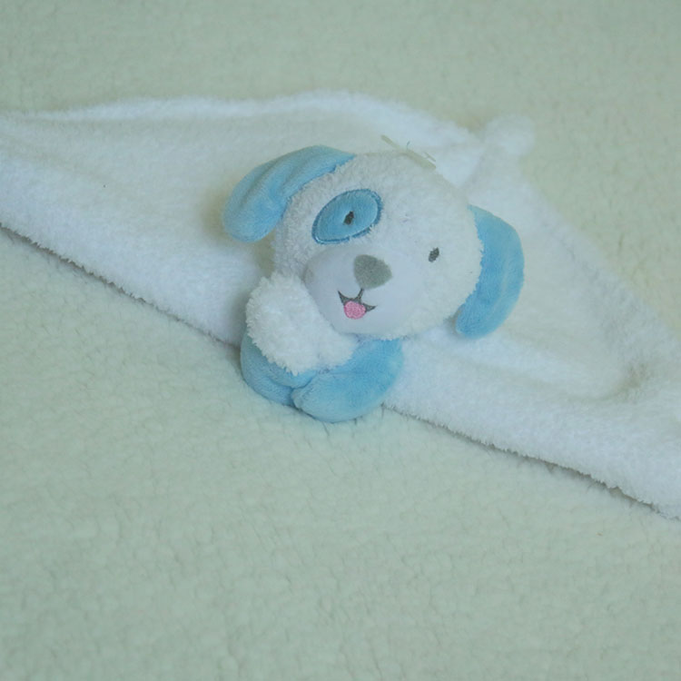 100% polyester small coral fleece plush toy dog head baby blanket with applique made in China