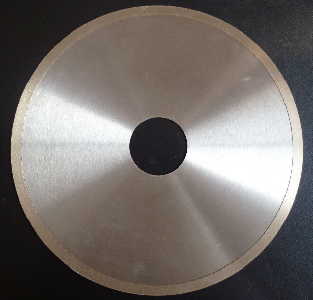 continuous rim diamond saw blade for glass and lapidary without chipping the tile