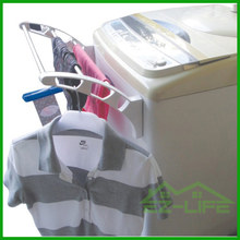 2017 Promotion magnet heater foldable clothes dryer drying rack