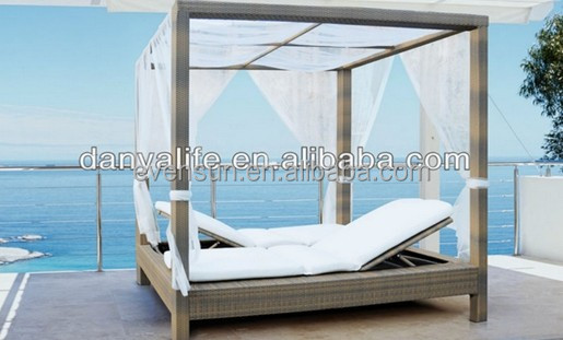 PE Rattan outdoor aluminum frame daybed with canopy