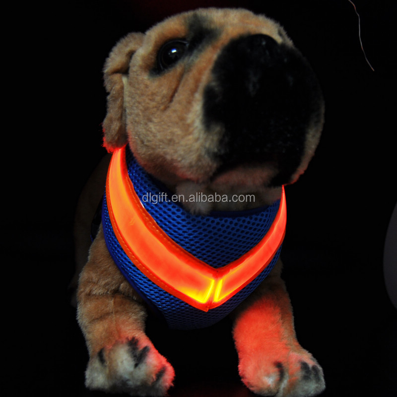 Promotional gifts led retractable Nylon material large dog leash harness wholesale