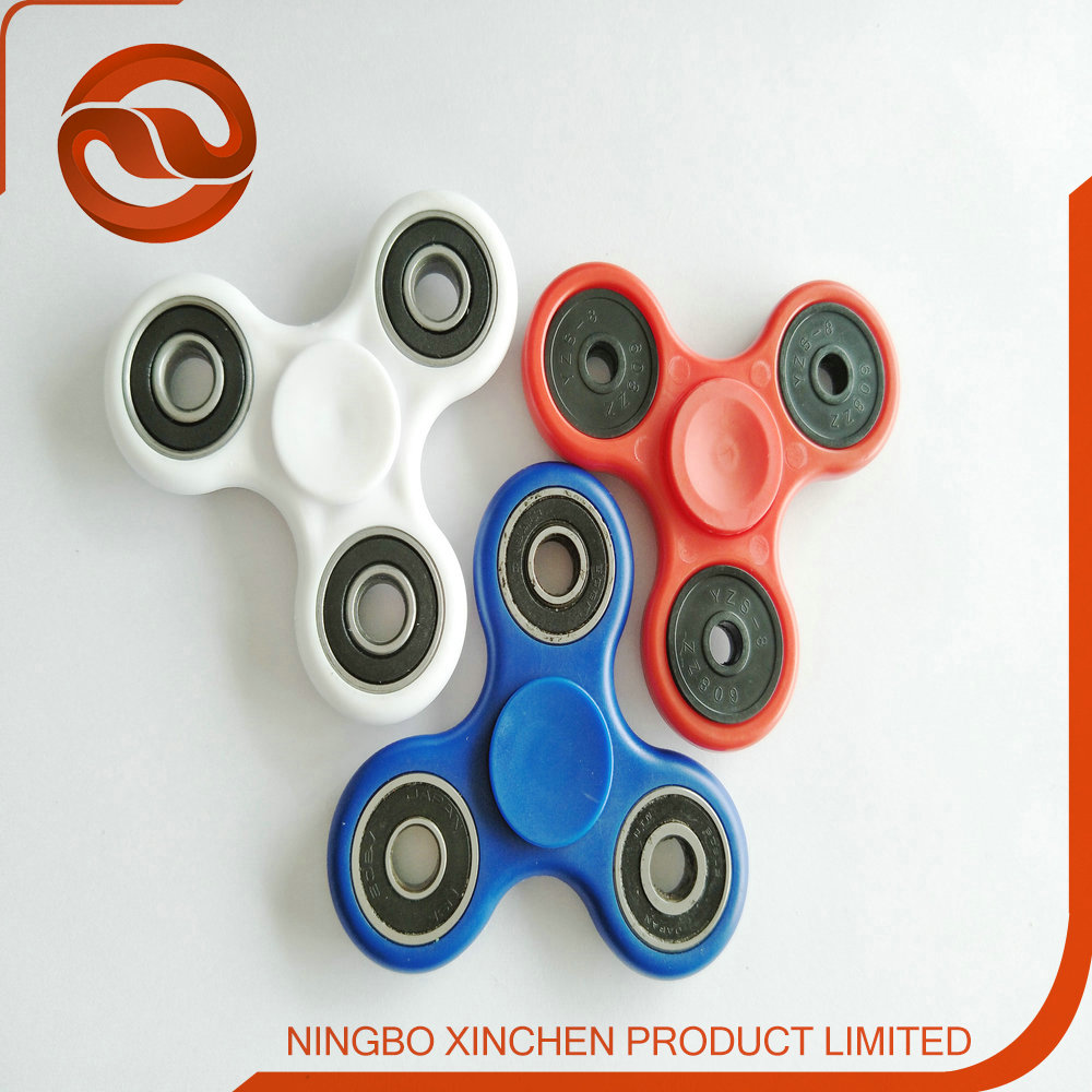 2017 New Product Tri Spinner Fidget Spiner Toy For Focus On Attention