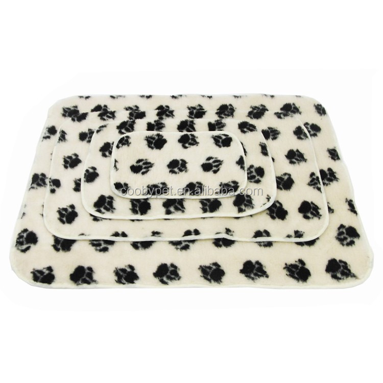 100*70cm Pet Dog Cat Puppy Kitten Soft Blanket Doggy Warm Mat Paw Print Cushion Pet Blanket