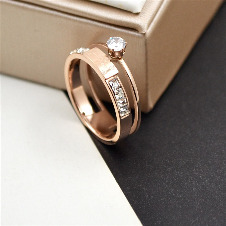 OEM Welcome Jewelry Manufacturer Double Ring Together Gold Letter Engagement Ring Diamond