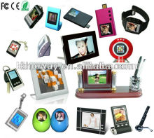 Different size digital pictue frames from pocket size 1.5 inch keychain style to large size 32 inch style