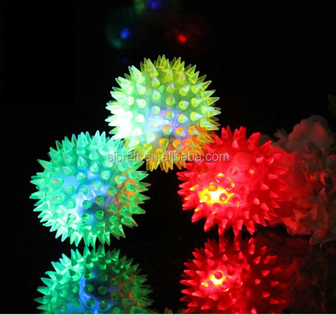 Flashing spiky puffer ball LED colorful splicing rubber ball TPR soft spiky ball toy BB-001