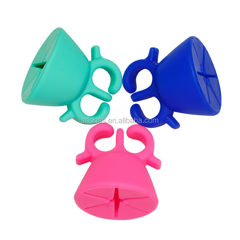 Nail-Art-Tools-Nail-Gel-Bottle-Holder-Flexible-Durable-Wearable-Silicone-Stand-Nail-Polish-Bottle-Holder (5).jpg
