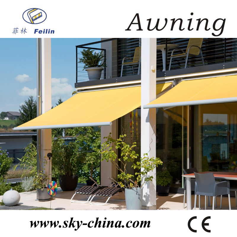 Retractable awning awning roller tube
