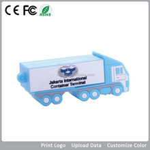 Truck Shape 3D Usb Flash Drive / Popular Rubber PVC Usb Gadget for Businesss Gift