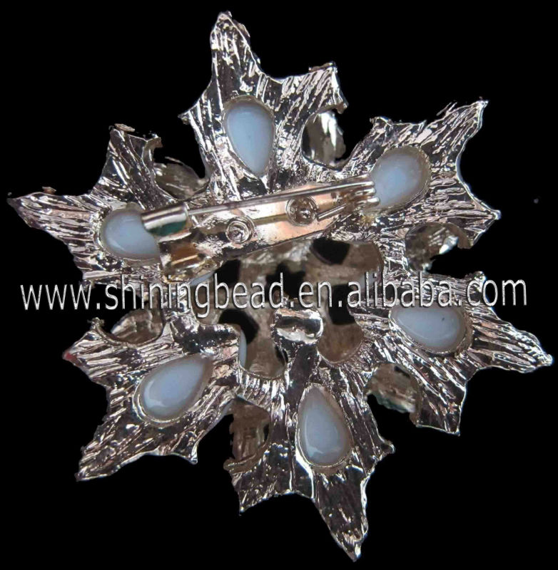 new flower diamante brooch for bridal bouquet