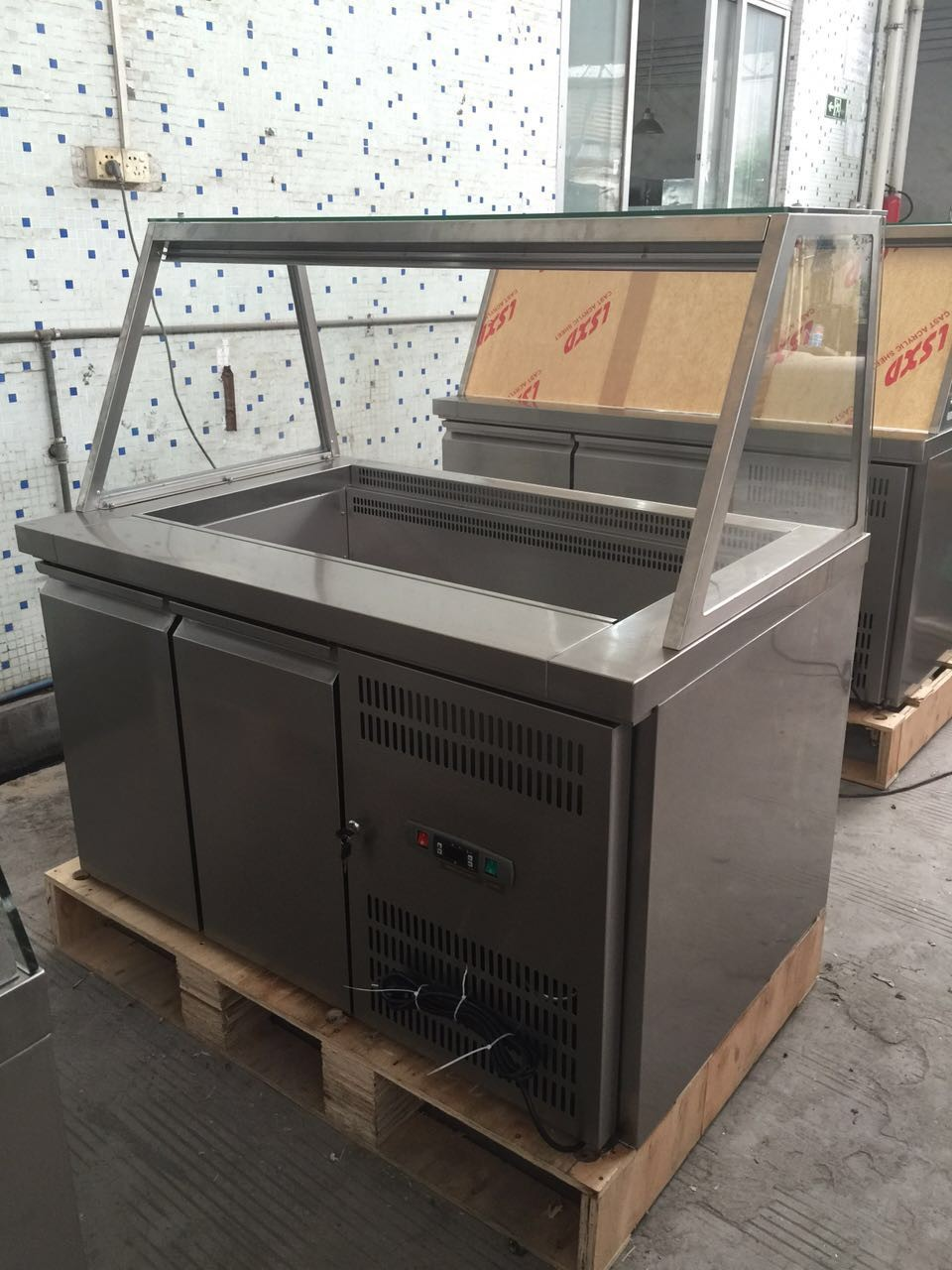 restaurant stainless steel salad table refrigerator