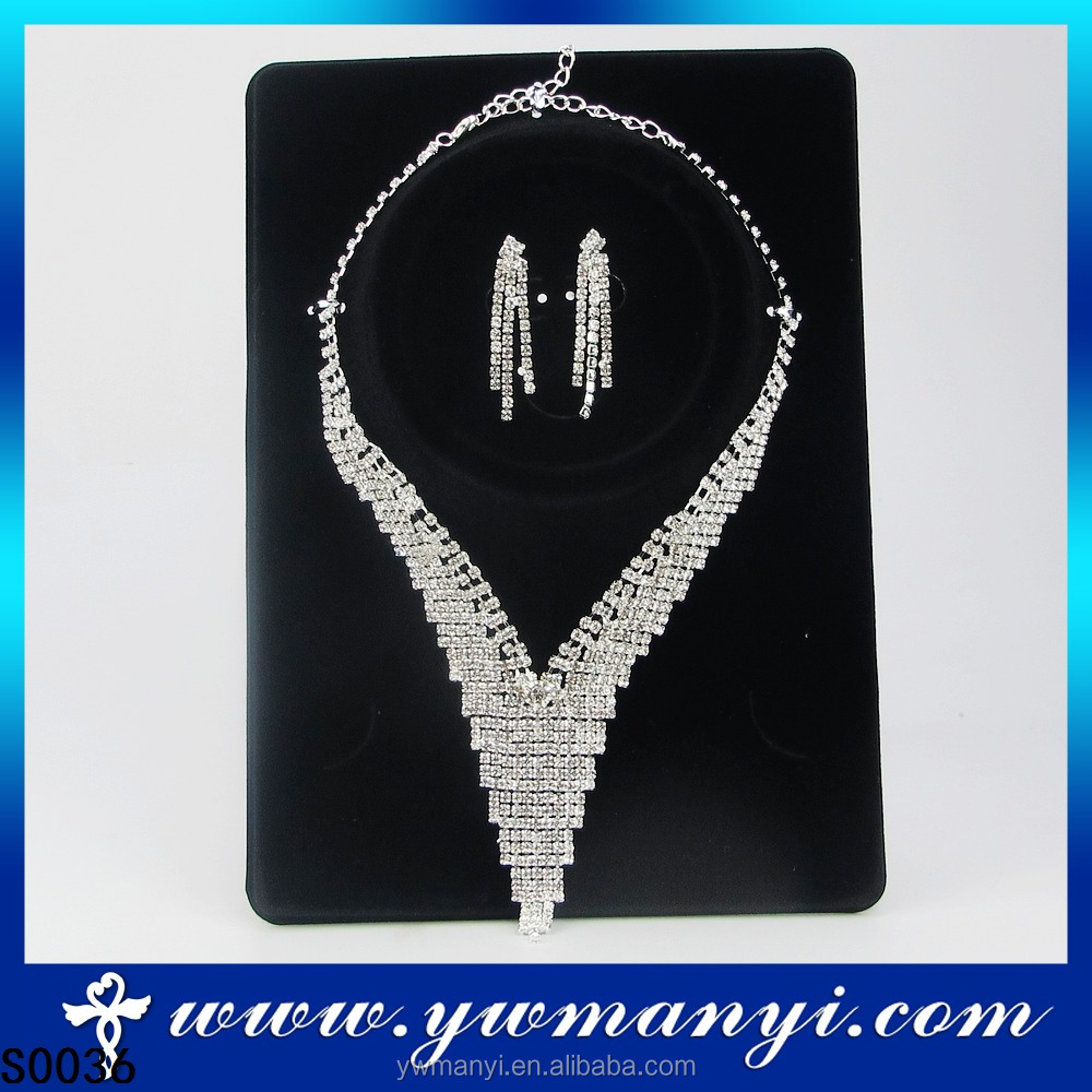 New Style Imitation Indian Bridal Shining Diamond Jewelry Set Necklace S0036