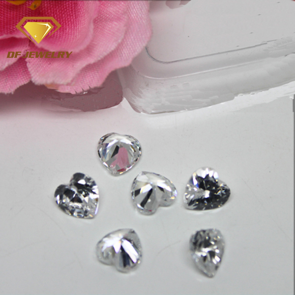 CZ loose bead 4x4mm heart cut clear cubic zirconia stone design for dress