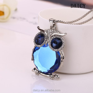DAICY cheap wholesale women crystal long chain animal owl pendant