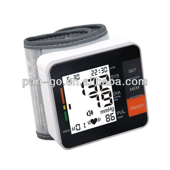 Automatic wrist type blood pressure meter CE 0413 & FDA 510K approved