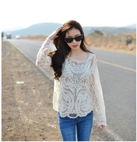 Hot Sale Fashion Thin Lace Tops High Quality Loose Long Sleeve Pullover Hollow Out Hook Flower Sexy Smock 2015