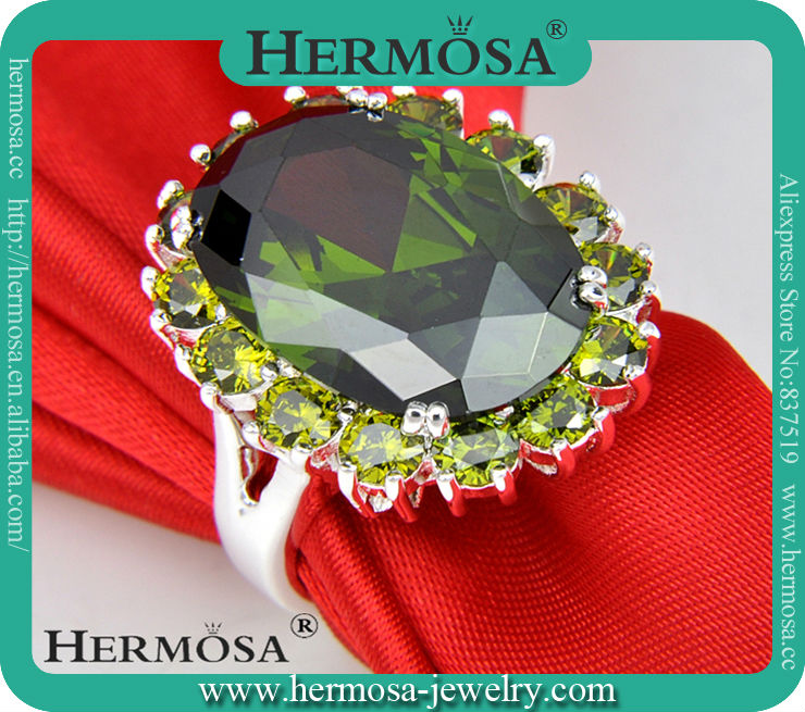 Hermosa Jewelry Silver 925 Gallant Green Peridot Victorian Jewelry Bridal Wedding Diamond Ring <strong>R016</strong>