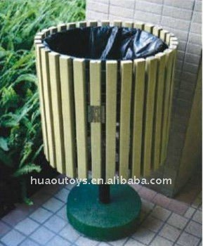 2017 New Design Outdoor Wooden Trash Bin