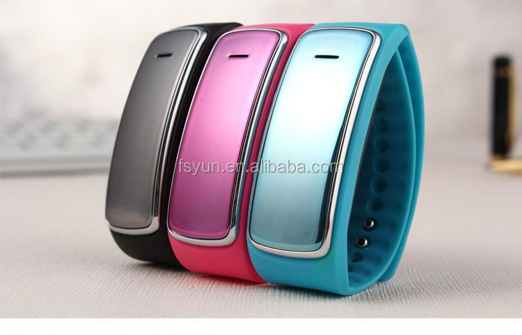 Touch Screen smart Watch Mobile phone I8, China Smart Watch