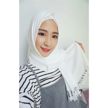 Mixed colors cotton style solid plain color head scarf hijab with tassel