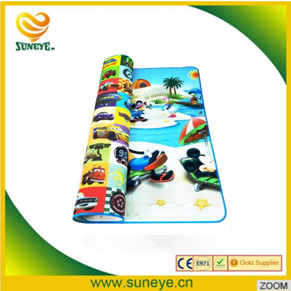 baby playing games creeping mat with sides