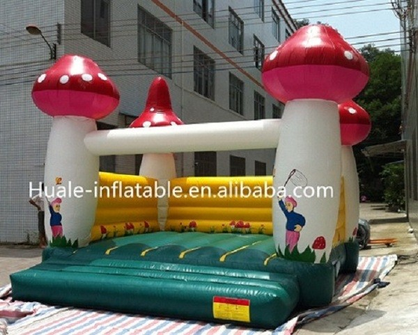 Happy kids PVC material high quality mushroom fun inflatable bouncer for sale