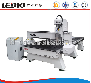 guangzhou machinery wood router machine for advertisement decoration furniture 1325 cnc router wood door bed engraving machine