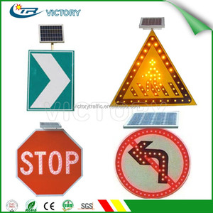Solar LED traffic sign / Electronic Traffic Signs / Solar Flashing Warning Light Sign