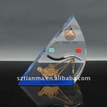 Acrylic / resin promotional souvenir with oil well drilling rigs,oil drop
