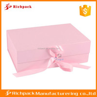Chinese manufacturer of pink flower packaging box