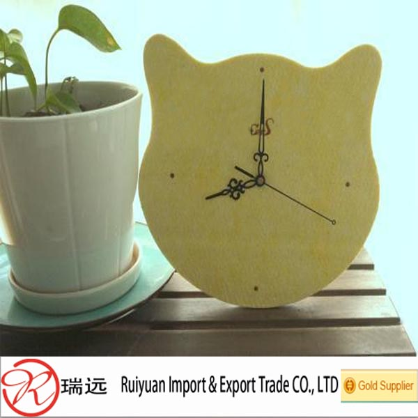 Small funny cats decorative felt wall clock from china gold supplier
